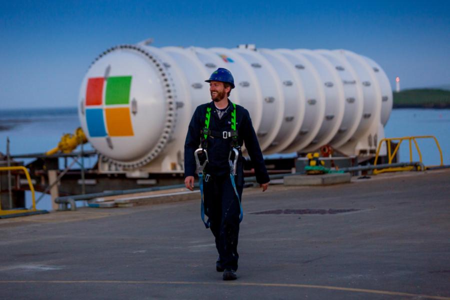 Una rivoluzione nella gestione dei dati online: arriva il datacenter subaqueo di Microsoft